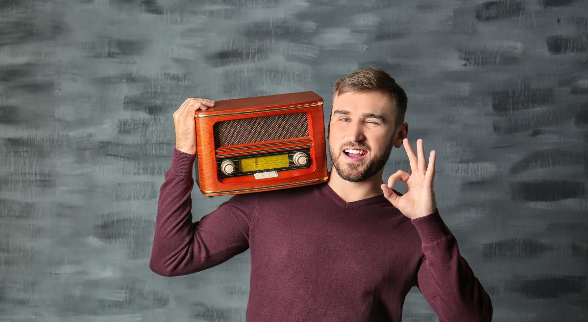 79% of Irish people tune into live Radio daily.